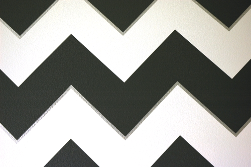 Mastering the master bedroom chevron walls makely for Chevron template for walls