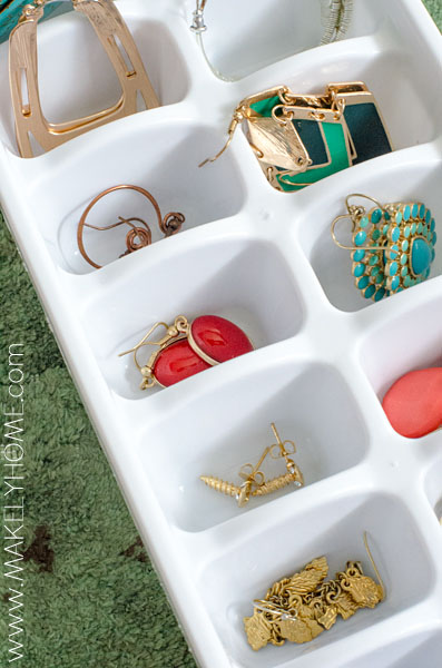 Use stackable ice cube trays to store earrings | Makely School for Girls