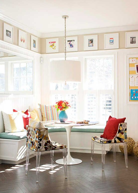 Feature Wall Friday: Mirrored Wall of Windows