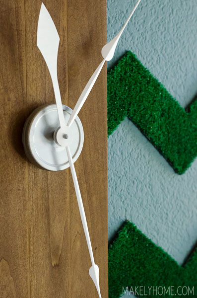 Knock off the CB2 Allways Clock for a fraction of the price! via MakelyHome.com #Knocktoberfest