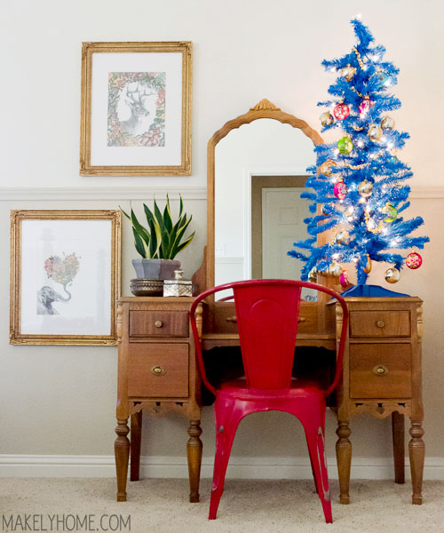 Vintage Inspired Christmas Home Tour via MakelyHome.com