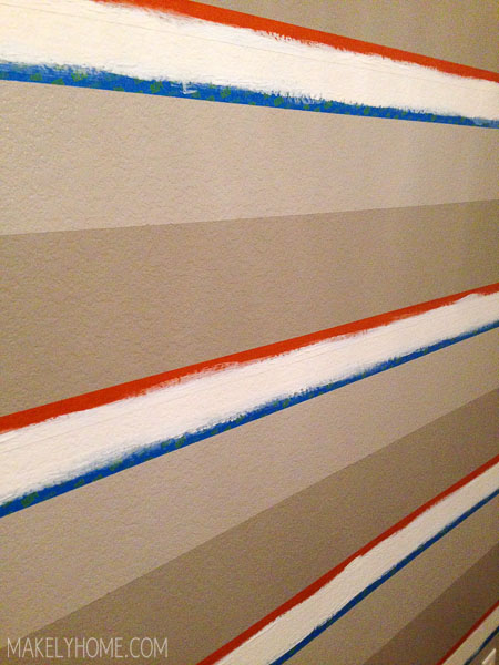 the painters tape showdown: frog tape for textured surfaces vs scotchblue with edgelock via MakelyHome.com