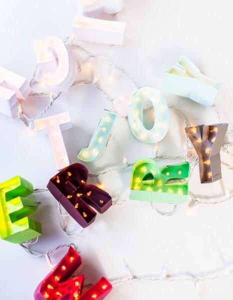 20 handmade holiday garlands via MakelyHome.com
