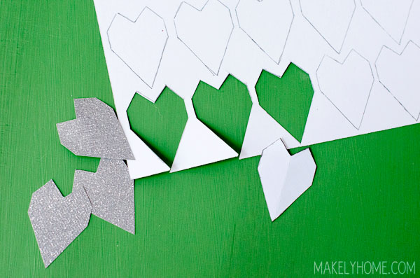 How to Make a Valentine's Day Garland Craft via MakelyHome.com