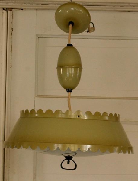 Cool Vintage Lamps with Unique Features via MakelyHome.com