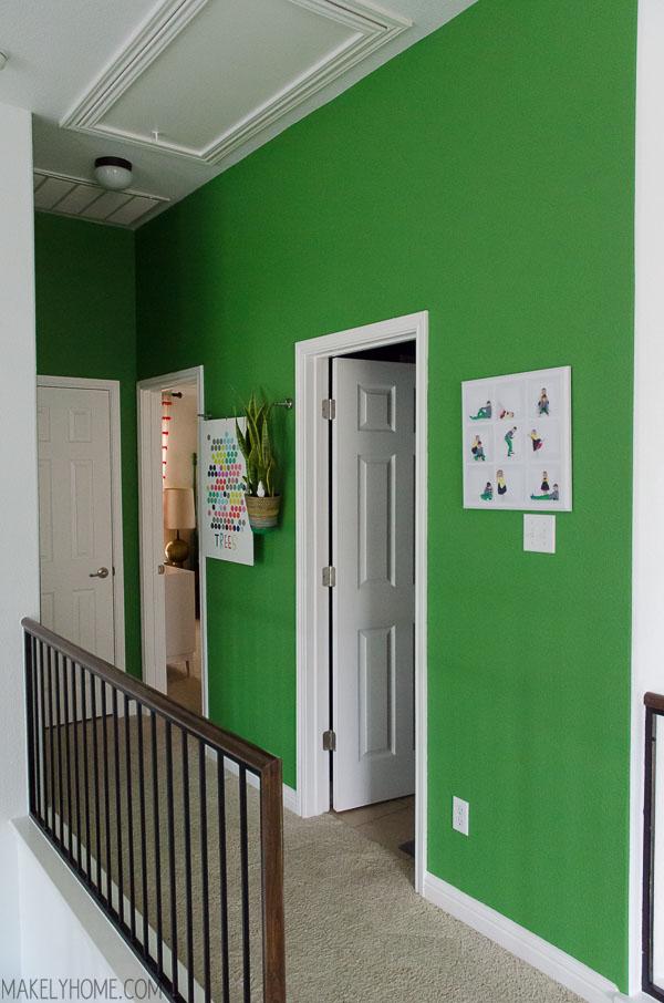 PaintStick EZ-Twist wall painting