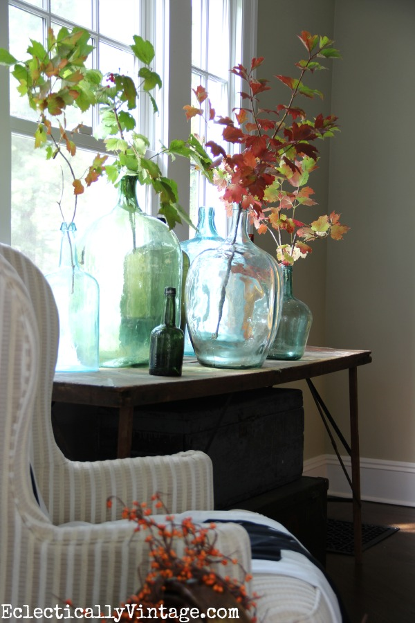 4 Ways to Decorate for Fall for the Reluctant Seasonal Decorator - image via Eclectically Vintage