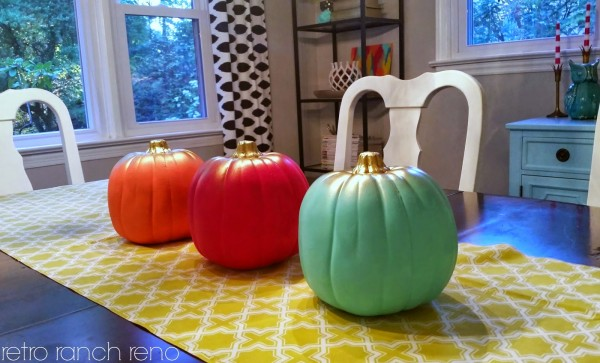 4 Ways to Decorate for Fall for the Reluctant Seasonal Decorator - image via Retro Ranch Reno