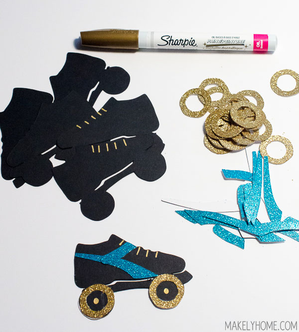DIY Mystery Craft Challenge - Roller Derby Garland